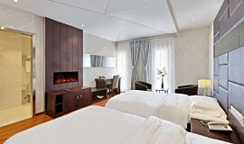 Hotel Room Hospitality Fireplaces Built-In Fire Idea