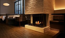 Casa Bianca Cafe Traditional Fireplaces 嵌入式燃烧室 Idea