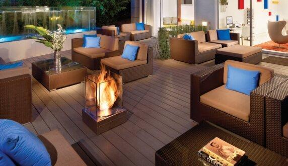 Kimber Modern Hotel - Mini T 户外壁炉 by EcoSmart Fire