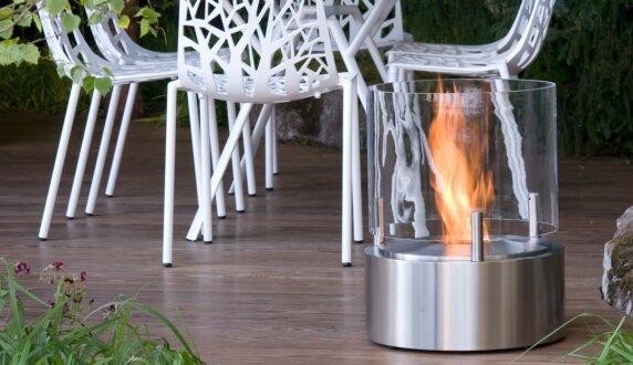 Chelsea Flower Show - Glow 整体壁炉 by EcoSmart Fire